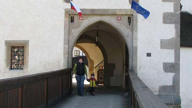 Státní hrad Nové Hrady otevřel návštěvníkům už v sobotu.