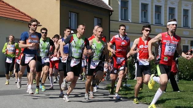 V  Dubném bojovali duatlonisté o první body do Jihočeského poháru.