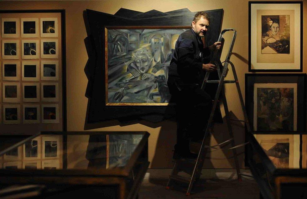 Egon Schiele Art Centrum v Českém Krumlově otevřelo pět výstav pod názvem Mysterium Šumava. Hlavní expozice představuje dílo Josefa Váchala (1884 - 1969).