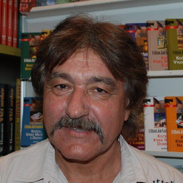 František Niedl.