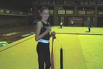 Už jí není patnáct. Dominika Červenková z SKMG Máj ČB byla několikrát mezi vyhlášenými sportovci v kategorii do patnácti let. Dominika dávno věkově do uvedné kategorie nepatří, organizátoři připravují už jedenáctý ročník ankety.