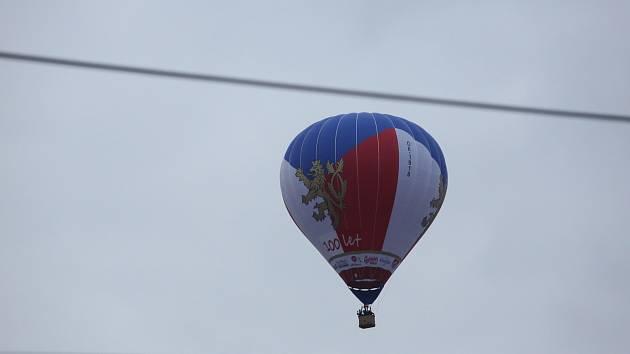 Balon ke stům let republiky v Českých Budějovicích.