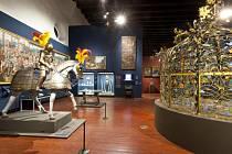 Výstava Hrady a zámky objevované a opěvované, která trvá do 15. března v Jízdárně Pražského hradu.