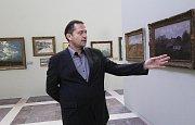 Kooperativa vystavuje svoji sbírku v Alšově jihočeské galerii