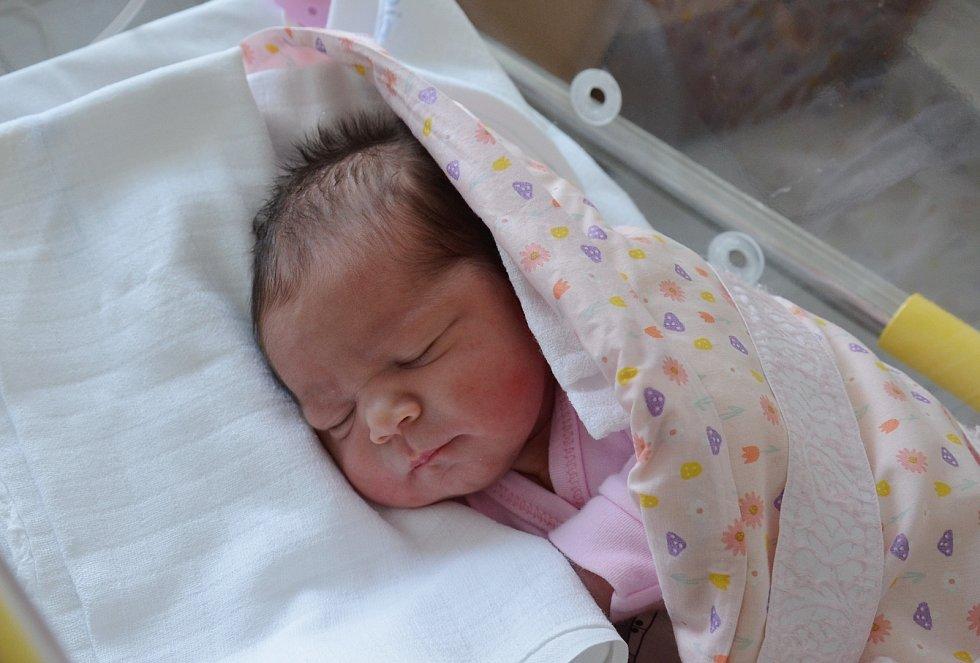 Rozálie Cimburková z Jinína . Prvorozená dcera Jany a Daniela Cimburkových se narodila 16. 3. 2021 v 8.27 hodin. Při narození vážila 3250 g a měřila 48 cm.
