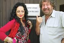 Babovřesky, nová komedie Zdeňka Trošky, kterou natáčel na jihu Čech, zde bude mít premiéru 31. ledna v CineStaru. Filmem se mihne i Lucie Bílá.