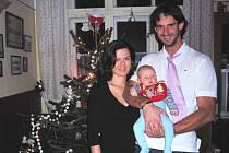 Ondřej Hudeček se ženou Marií a malým dárečkem Ondrou strávili Vánoce v Českých Budějovicích.