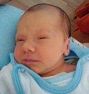 Jan a Saša Sadilovi se radují ze svého čtvrtého vnoučete. Jmenuje se Daniel Kotaska a narodil se v českobudějovické porodnici 7. 2. 2016 v 8.40 h Miroslavě Svobodové a Martinovi Kotaskovi. Vážil 2,80 kg. Bydlet bude v Dolním Třeboníně.