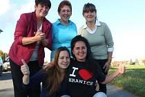 Samé ženy zasednou v zastupitelstvu Hranic nedaleko Nových Hradů. Marie Schickerová, Marie Trsková, Pavlína Deutschová (na snímku zleva nahoře), Helena Kropíková a Lenka Seyerová (na snímku dole).
