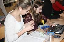 Studenti mají možnost vše si vyzkoušet a snadno na počítači vytvořit pracovní záznam.