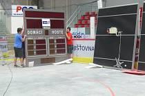 Multifunkční kostka odcestuje s klubem HC Mountfield do Hradce Králové.