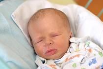 Starší sestrou je od 27. 7. 2020 5letá Karolínka z Českých Budějovic. Maminka Eliška Kirchnerová v tento den v 8.36 h. porodila syna Kryštofa Hájka, vážil 3,13 kg.