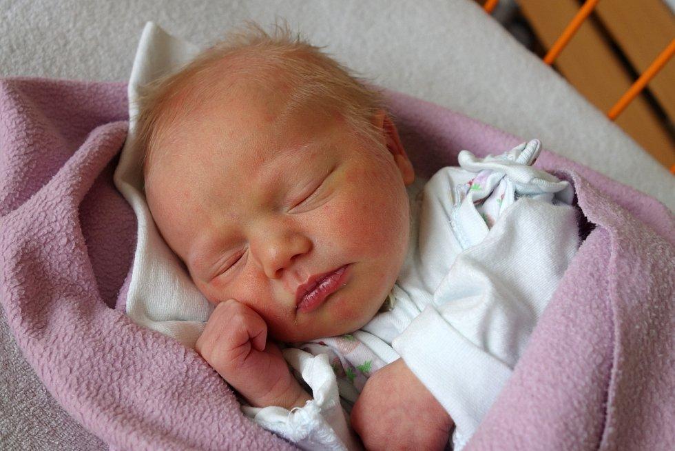 Do Římova si odveze Jana Kačírková dceru Lindu Kačírkovou. Ta se narodila 16. 4. 2017 ve 14.20 h, vážila 2,70 kg. Má devatenáctiměsíčního brášku Davídka.