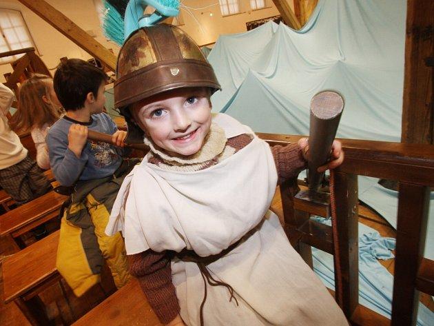 Písecký kulturní prostor Sladovna má letos rekordní návštěvnost. Snímek z výstavy Cesta do neznáma, inspirované Odysseem.