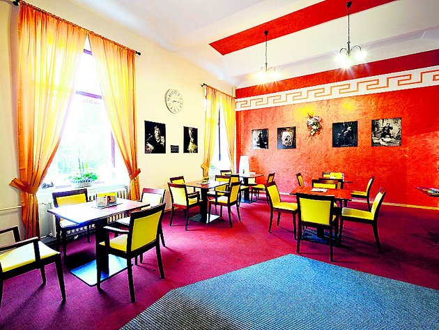 Kavárna Hotel Slávia