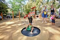 Přijďte se pobavit i poučit do parku BosoNoha a café Deník.