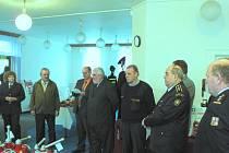 Pod sdružení dobrovolných hasičů patří Výzbrojna požární ochrany, která byla v pondělí slavnostně otevřena na nové adrese v Českých Budějovicích.