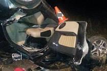 Dva mladíci v noci na sobotu zahynuli při tragické nehodě u Nových Hradů.