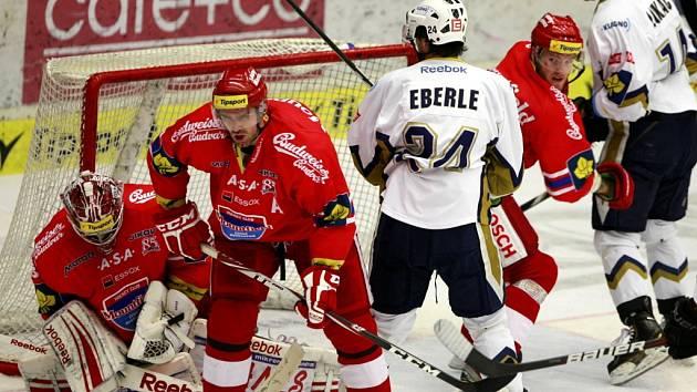 Utkání  Tipsport hokejové extraligy mezi HC Mountfield České Budějovice a HC Rytíři Kladno.