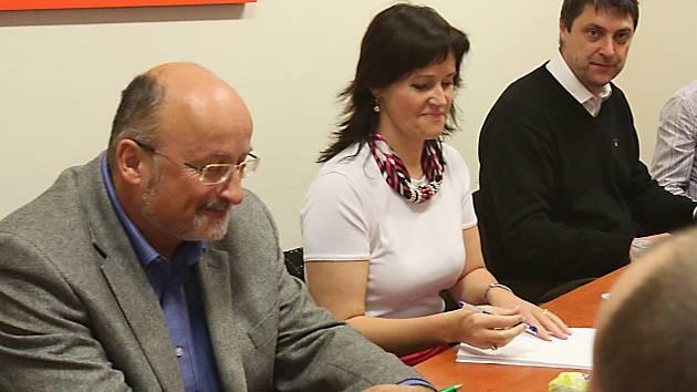 Na snímku zleva Jiří Svoboda, Radka Maxová a Daniel Hovorka
