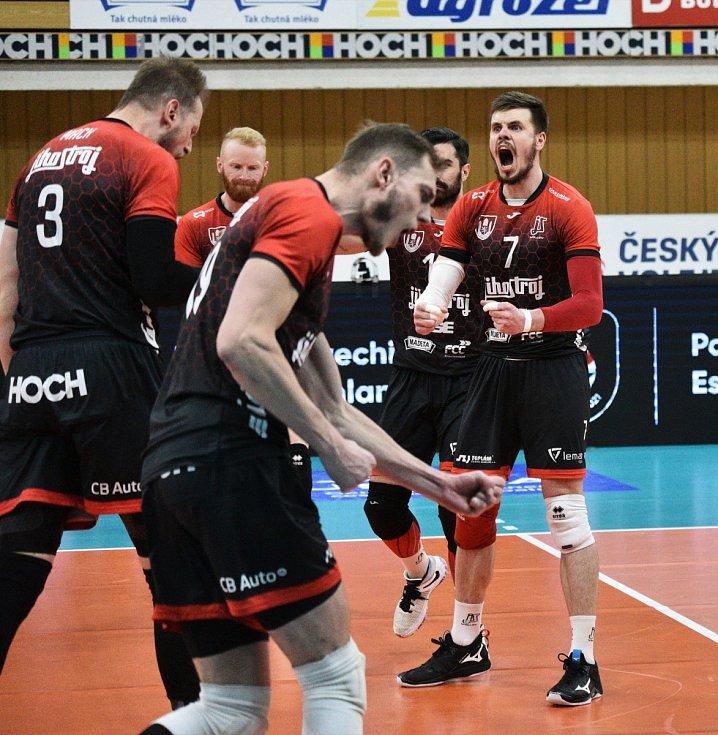 Adam Casey Schouten v Jihostroji České Budějovice