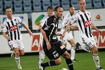 Dynamo porazilo Hradec 1:0 a drží si naději na záchranu.