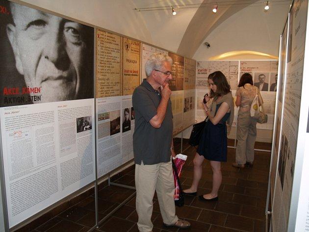 Prachatické muzeum připomíná velkou výstavou osudy převaděčů a agentů – chodců, jako byli Josef Hasil, Josef Ludvík nebo Jan Mašek.