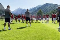 Fotbalisté Dynama jsou od pondělí na soustředění v rakouském Kaprunu, kde ve středu změří v přípravě síly s Krasnodarem.