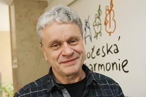 Ředitel Jihočeské filharmonie  Na koncert chodí Číňané v péřovce 3aedfbda962