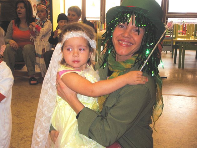 K nejoblíbenějším společenským akcím roku patří také karneval.