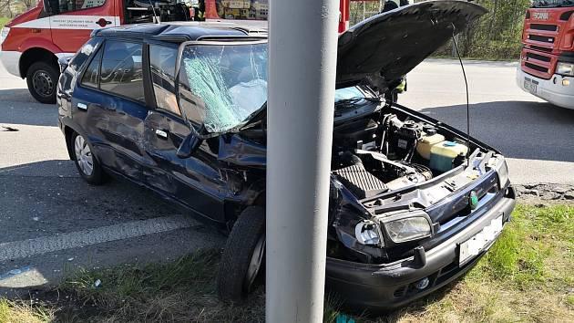 Ke smrtelné dopravní nehodě došlo ve čtvrtek na křižovatce ulic Labská a Krčínova v Českých Budějovicích.