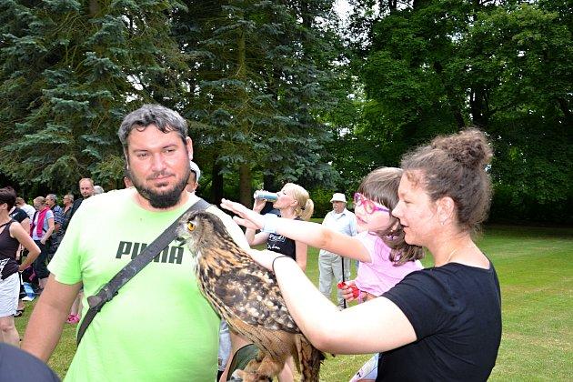 Sobotní Den ochrany přírody, myslivosti, rybářství a včelařství v Nových Hradech.