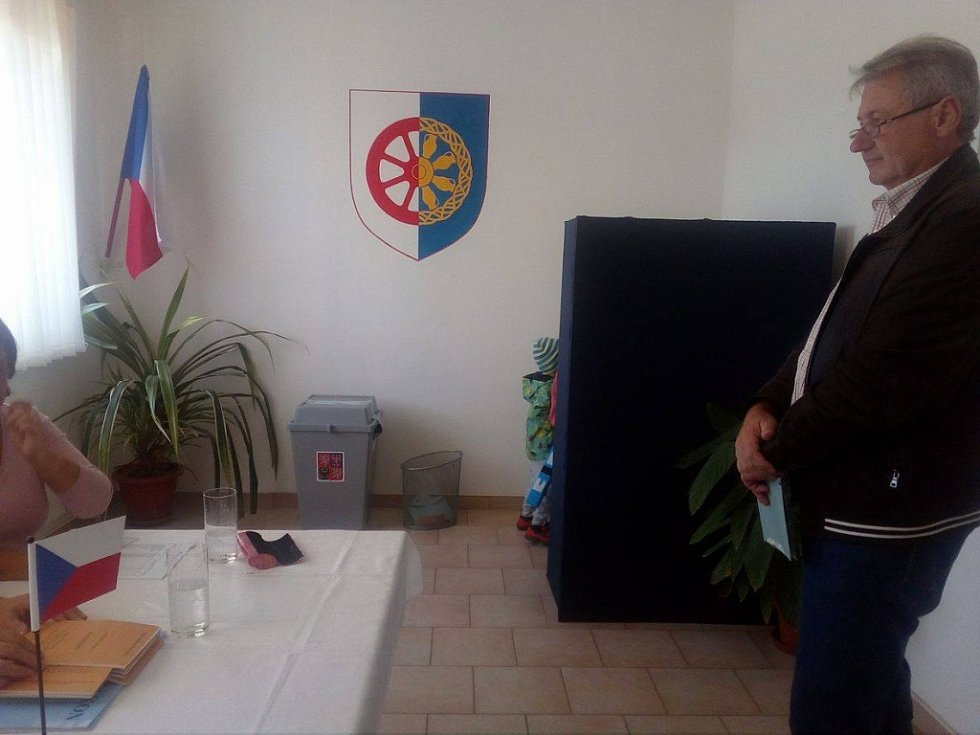 Volby v Nové Vsi.