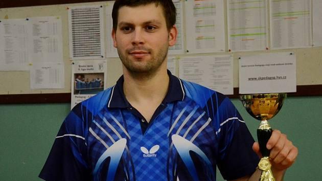 Milan Zaunmüller vede krajský žebříček stolních tenistů.