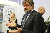 Ministr vnitra Jan Kubice při návštěvě jižních Čech.