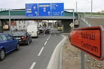 Situace kolem českobudějovického viaduktu v pondělí kolem půl osmé ráno. Jedním slovem: tragédie.