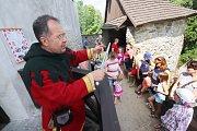 Komentované prohlídky na hradě v Nových Hradech pro děti,kde provází v roli hraběnky Terezie Lucie Mrvková