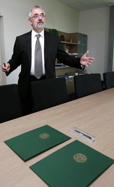 Rektor Jihočeské univerzity Libor Grubhoffer