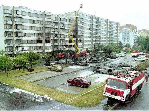 Při požáru zasahovalo 138hasičů z19 sborů sveškerou svou technikou. Na majetku obyvatel sídliště vznikla škoda zhruba 25milionů korun.
