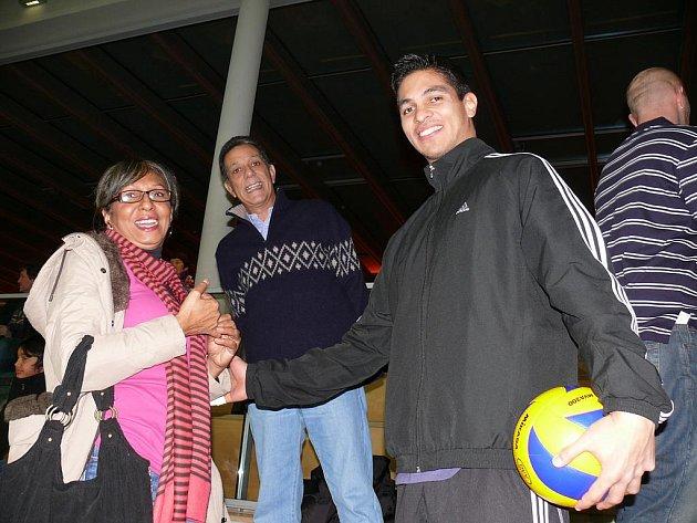 Jihočeši hráli Ligu mistrů ve volejbalu v Unterhachingu, Rojas na tribuně