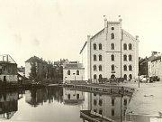 Restaurace ostrostřelců na Střeleckém ostrově před rokem 1900.