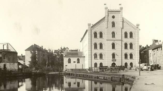 Nový Přední mlýn asi v roce 1929.