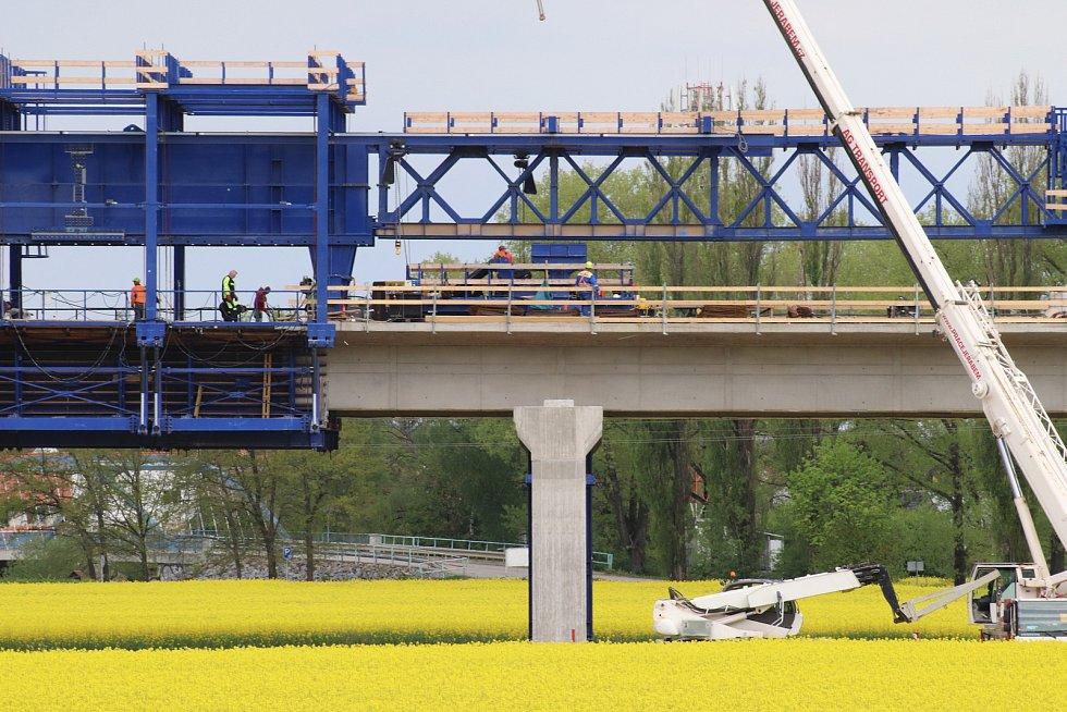 Výstavba dálnice v Českých Budějovicích u Vidova