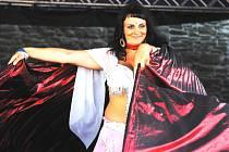 Břišní tance znali už dávní Egypťané, Babyloňané, Sumerové i Asyřané.