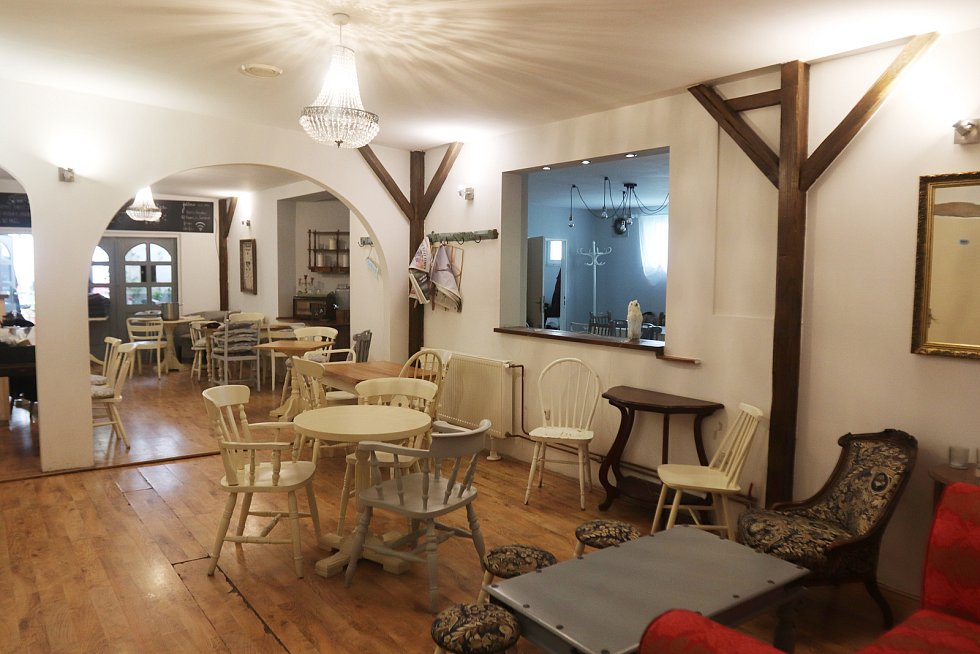 Restaurace Born in London v českobudějovické Dvořákově ulici.