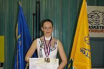 Lucie Hanzalíková pravidelně boduje na soutěžích pro mažoretky. Snímek pochází z nedávného mistrovství ČR v Nymburce, kde získala zlato v sólu se dvěma hůlkami.