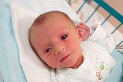 Adam Kříž je prvním miminkem Lucie Bartůškové z Hluboké nad Vltavou. Ta 2.55 kg vážícího chlapečka přivedla na svět v úterý 11. 12. 2018 v 15.22 h.