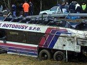 Od nejtragičtější dopravní nehody v novodobé historii Česka uplynulo deset let. Stala se na jihočeské silnici nedaleko Kaplice.
