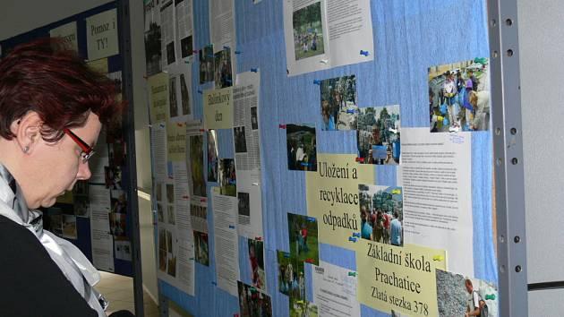 Projekty od pondělí představuje výstava ve foyer jihočeského krajského úřadu v Č. Budějovicích.