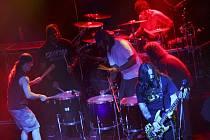 BRAZILSKÁ metalová Sepultura přitáhla 18. dubna do Písku téměř osm set fanoušků.
